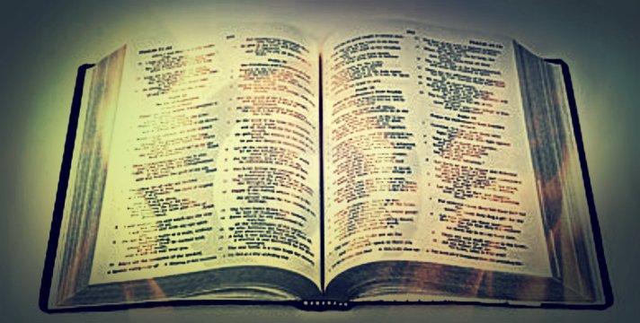 open-bible-13529996
