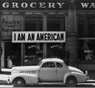 Imprisoned Japanese American Workers/D. Lange