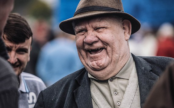 resized_ballinasloe_horse_fair_large_old_man_laughing_donal_moloney__15_
